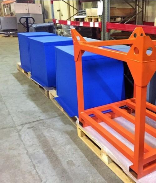 Металлические контейнеры для жидких отходов