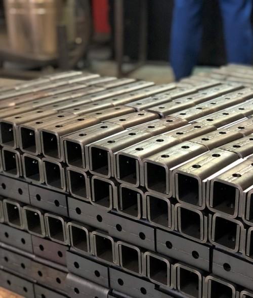 Высокоточная гибка листового  металла